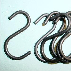 STEEL S HOOKS FOR WEIGHTS, BAG OF 6.